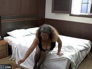 Delivery Boy Fucks With Old Granny With Big Funbags