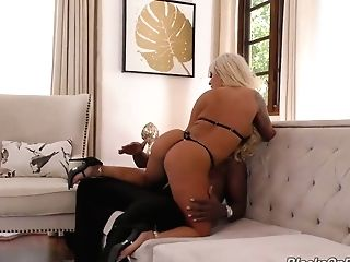 Platinum-blonde Hoe Brandi Bae Gets Her Mouth And Coochie Blacked And Opened Up