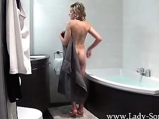 Lady Sonia Takes A Bath Then Massages Her Vagina
