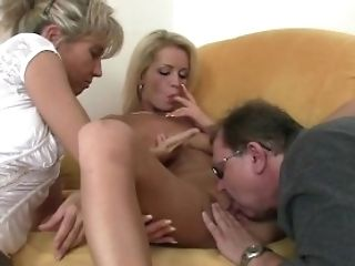 She Spreads Her Gams For His Old Parents