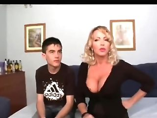 Big Dicked Boy Shags Ultra Mummy