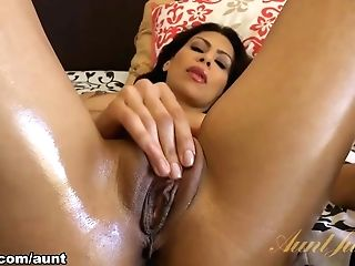Cassandra Cruz In Fucktoys Movie - Auntjudys