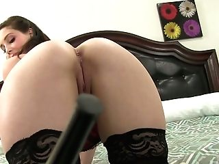 Spoiled Whorish Chick Noelle Easton Gives The Best Ever Boob Fucking