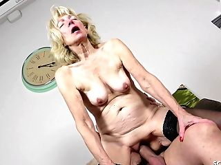 German Mom In Stockings Entice To Fuck With Spunk On Belly