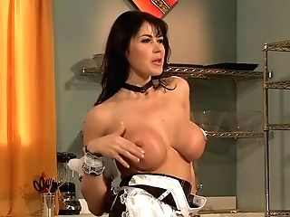 Big-boobed Housewife Is About To Ditch The Lunch Preparations, Because She Wants To Have Anal Intercourse