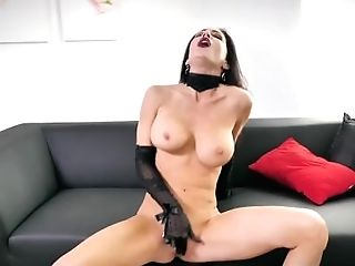 Jessica Jaymes Showcase Her Lengthy Gams, Taut Culo, Big Jugs And Little Cunt