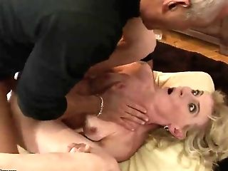 Matures Lady Margarette Is Fucking On Gauze