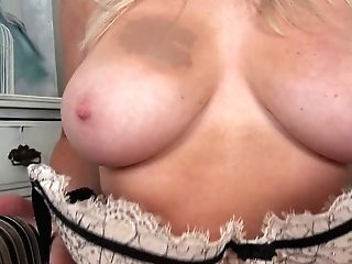 Sun Smooched Blonde Lu Elissa Performs Her Captivating Bumpers And Yummy Snatch