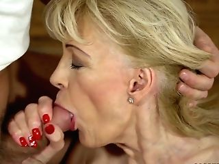 Youthfull Student Fucks Fuckfest-appeal Cougar Szuzanne And Cums On Her Poon
