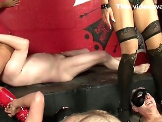 Michellethorneexxxposed - And Sophie Basement Teasers