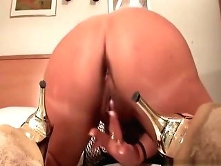 Matures Hoe Drilling Cunt With Big Electro-hitachi